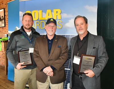 Michigan Solar Solutions and Oak Electric Receive 2018 Joint Business Leadership Award - Blog Michigan Solar Solutions - Pic_of_Award_at_GLREA_Award_12